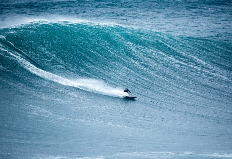 Bottom-turn: a manobra mais importante do surf | Foto: Shutterstock
