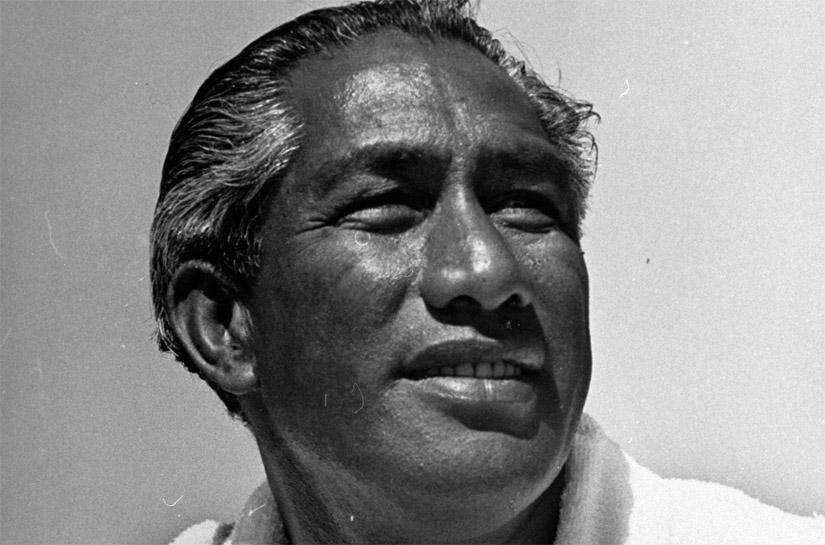 Duke Kahanamoku: o pai do surf moderno e um nadador de excelência