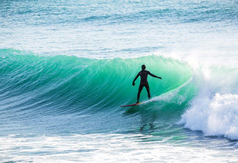 Frases de Surf: encontra a inspiração para a tua vida | Foto: Shutterstock