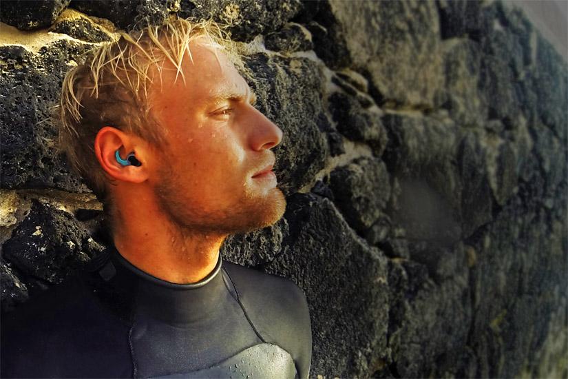 Ouvido de Surfista: os tampões de silicone são a melhor protecção contra a exostose | Foto: Surf Ears